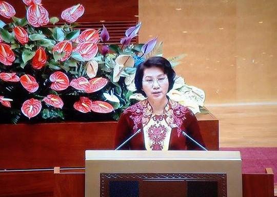 Bà Nguyễn Thị Kim Ngân tuyên thệ - Ảnh chụp qua màn hình