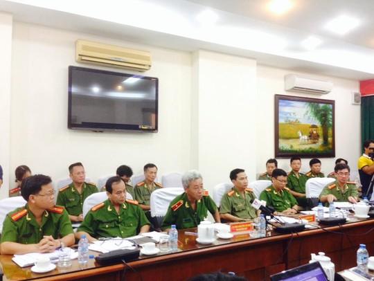 Quang cảnh Công an TP HCM tổ chức buổi họp báo sáng 21-4
