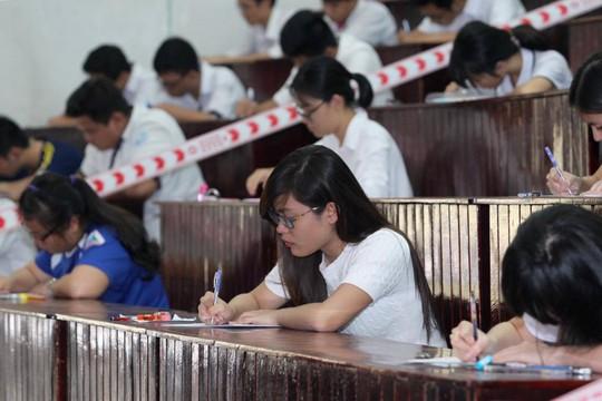 Thí sinh thi THPT quốc gia tại Trường ĐH Sư phạm TP HCM. Ảnh: Hoàng Triều