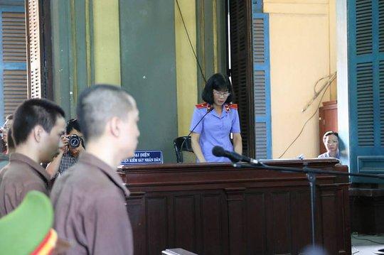 3 bị cáo nghe đại diện VKS luận tội