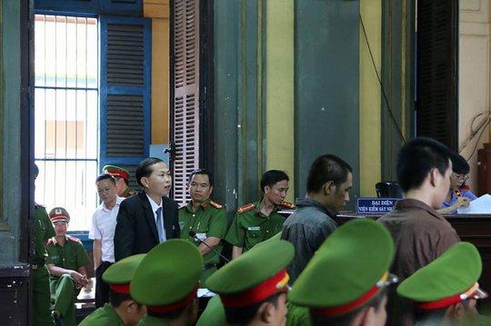 Luật sư Lê Văn Nam đang bào chữa bị cáo Tiến với 5 điều cần làm rõ