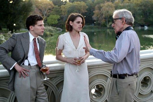 """Cảnh trong """"Cafe Society"""" của đạo diễn Woody Allen - phim sẽ mở màn LHP Cannes hôm nay Ảnh: HOLLYWOOD REPORTER"""