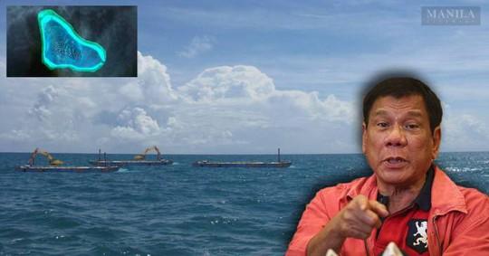 Tổng thống Philippines Duterte cho biết đội tuần tra biển Philippines đã phát hiện sà lan Trung Quốc ở bãi cạn Scarborough. Ảnh: Manilalivewire.com