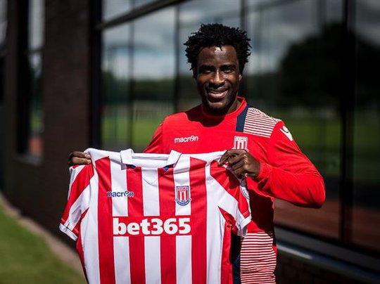 Bony sẽ gặp lại Man City ở Premier League