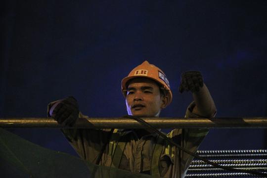 Một người thợ quê ở miền Trung thi công tại tuyến Metro đã gần 6 tháng.
