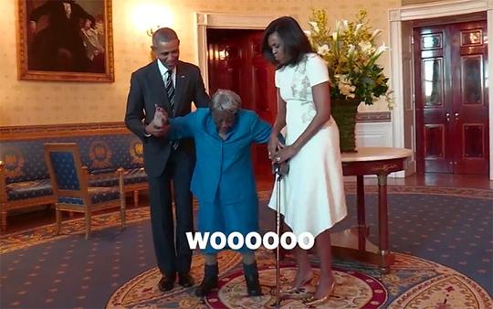 Cụ bà McLaurin nhảy múa khi gặp vợ chồng tổng thống Obama. Ảnh: Nhà Trắng