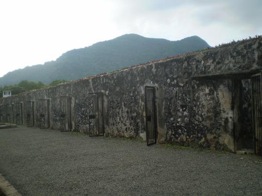 Nhà tù biệt lập – Chuồng cọp thời Pháp thuộc.