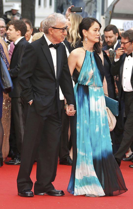 Vợ chồng đạo diễn Woody Allen