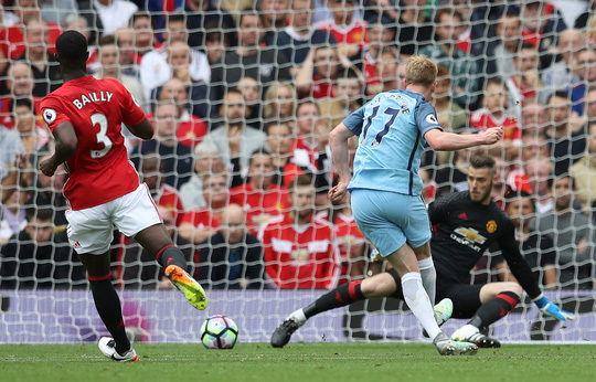 De Bruyne mở tỉ số cho Man City ở phút 15