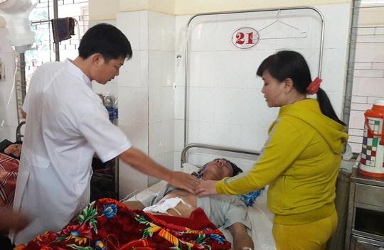 Ông Ngọc đang được điều trị tại Bệnh viện Đa khoa tỉnh Đắk Lắk