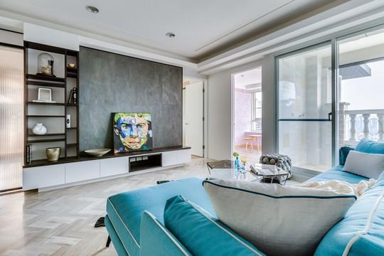 Xanh lam và xám là cặp màu được sử dụng chủ đạo cho không gian phòng khách.