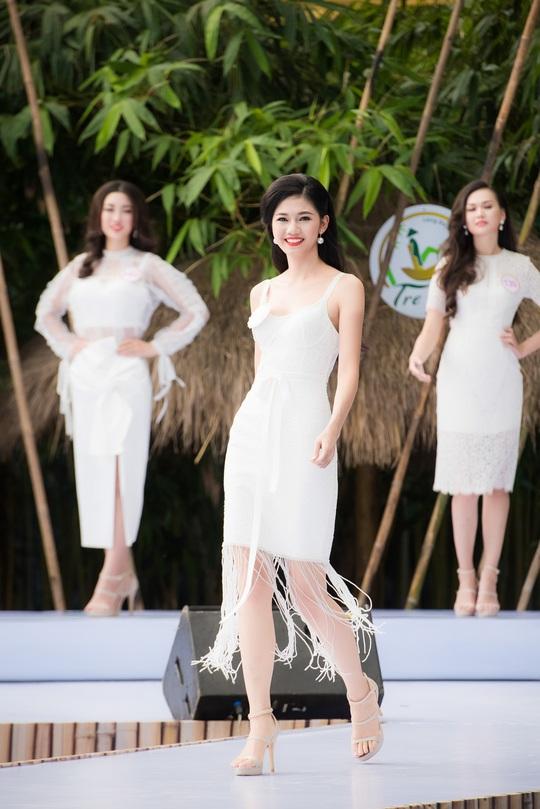 Thí sinh Ngô Thanh Thanh Tú
