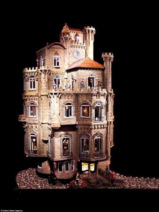 Tòa lâu đài tuyệt đẹp với 29 phòng. Ảnh: Caters New Agency