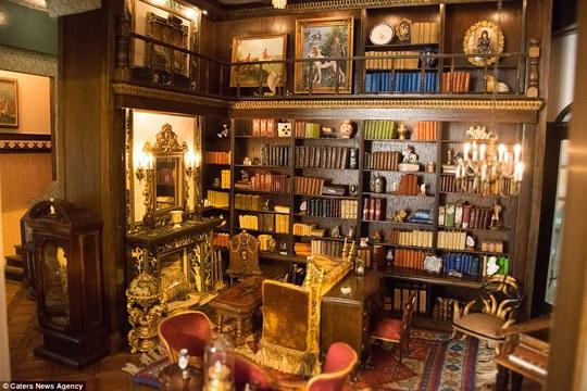 Phòng đọc sách đẹp mê ly. Ảnh: Caters New Agency
