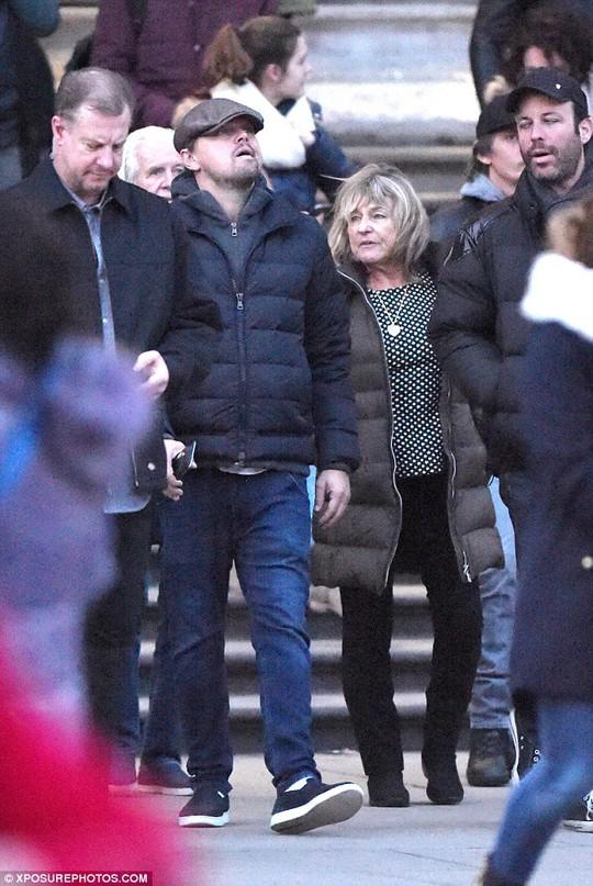Leonardo DiCaprio và mẹ