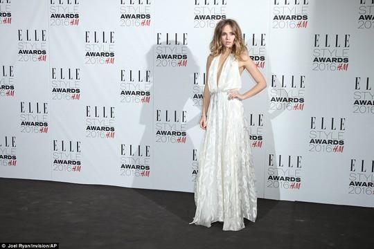 Sao nữ mặc đẹp tại Lễ trao Giải Elle Style