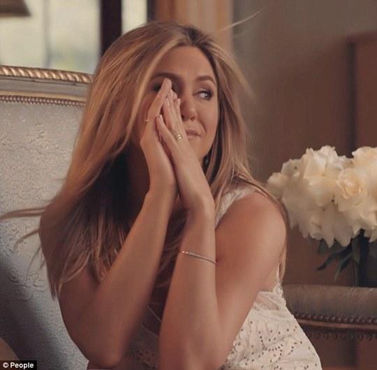 """Jennifer Aniston là """"Người phụ nữ đẹp nhất thế giới"""" năm 2016"""
