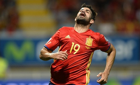 Tây Ban Nha của Costa vừa thắng giòn giã Liechtenstein nhưng vẫn văng khỏi tốp 10 FIFA