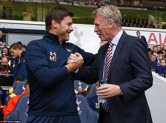 David Moyes vẫn tươi cười dù Sunderland của ông chưa biết thắng