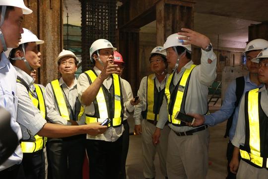 Bí thư Thăng thị sát hầm B1 gói thầu 1B, dự án metro số 1 Bếnh Thành - Suối Tiên