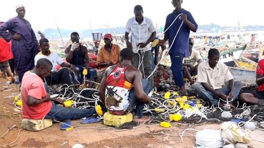 Trong tương lai, ngư dân Guinea có thể phải vật lộn để kiếm sống tại chính vùng viển quê hương mình. Ảnh: BBC