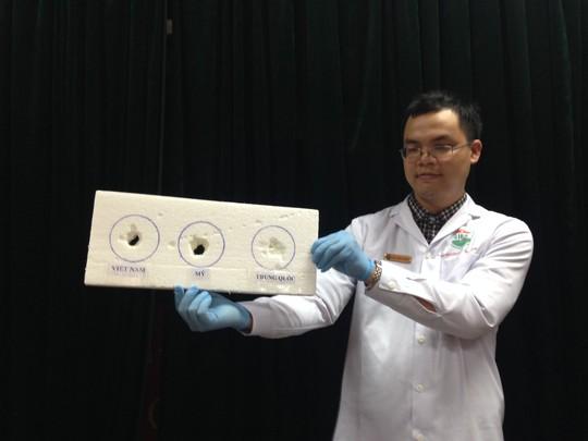 Kết quả thực nghiệm 3 loại dầu cá của Việt Nam, Mỹ và Trung Quốc cho thấy hiện tượng dầu cá ăn mòn xốp
