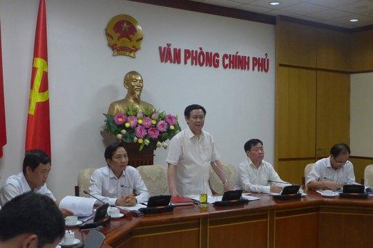 Phó Thủ tướng Vương Đình Huệ đề nghị tiếp tục đánh giá tác động của tiền lương tối thiểu đến đời sống người lao động