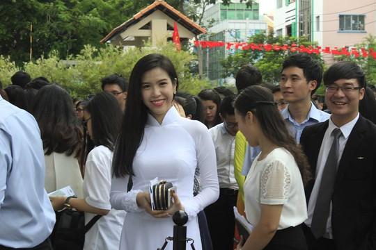Một nữ thủ lĩnh trẻ Việt Nam đang háo hức được gặp ông Obama ở GEM center