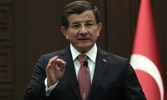 Thủ tướng Thổ Nhĩ Kỳ đe dọa dùng vũ lực chống lại lực lượng người Kurd ở Syria nếu không rút khỏi các căn cứ vừa chiếm đóng gần biên giới Thổ Nhĩ Kỳ. Ảnh: AP