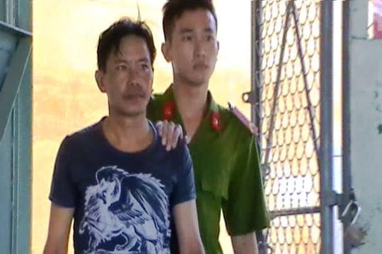 Nguyễn Hữu Tài tại cơ quan công an