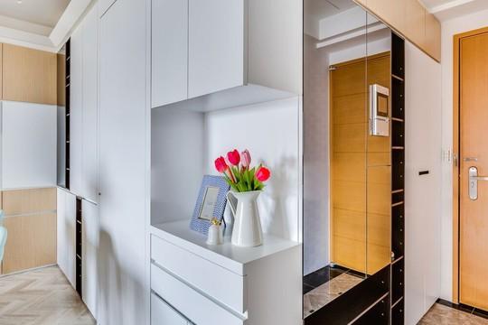 Lựa chọn được những chất liệu thông minh trong thiết kế khiến căn hộ luôn trong trạng thái sạch sẽ, ngăn nắp.