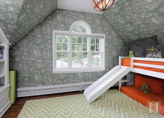 Giường đôi hiện đại, trẻ trung cho những đứa trẻ.