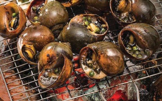 Ốc nướng cốt dừa
