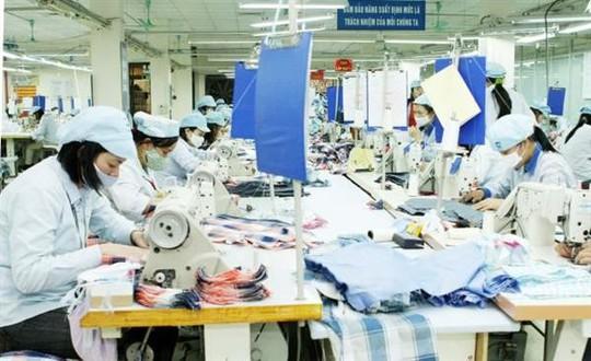 Các doanh nghiệp dệt may đang trông chờ TPP được phê chuẩn.