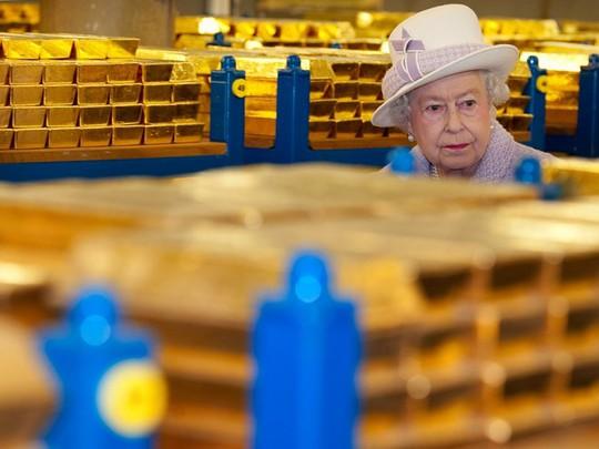 Mọi người có thể thăm quan kho vàng này thông qua website của Ngân hàng Anh. Năm 2012, Nữ hoàng Elizabeth II đã trực tiếp đến thăm nơi này.