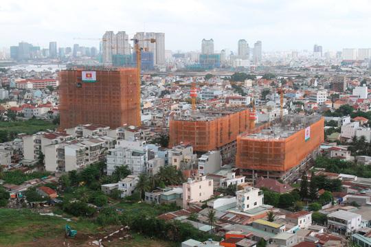 Nguồn cung căn hộ trên thị trường đang rất dồi dào. Ảnh Hoàng Triều