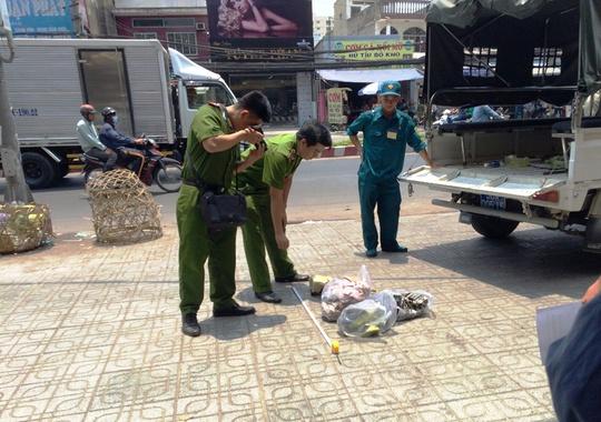 Lực lượng công an đang khám nghiệm hiện trường điều tra làm rõ vụ việc