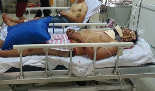 Các nạn nhân bị thương đang được cấp cứu tại bệnh viện