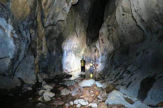 Hang động đẹp vừa được các nhà thám hiểm phát hiện tại Quảng Bình