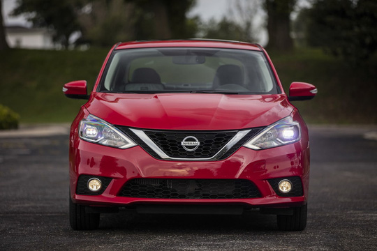 Nissan Sentra giá 474 triệu đồng - đối thủ của Toyota Vios
