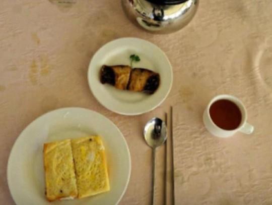 Bữa ăn sáng tại một khách sạn ở Triều Tiên. Ảnh: TRIPADVISOR