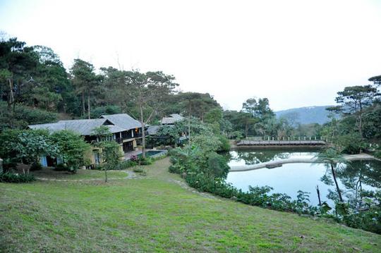 Khu nghỉ dưỡng Le Mont Bavi Resort & Spa tọa lạc giữa Vườn Quốc gia Ba Vì xây dựng sắp xong dù chưa có giấy phép xây dựng Ảnh: KHÁNG TRẦN