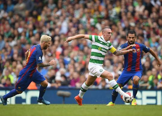 """Celtic (giữa) chuẩn bị đón nhận cơn """"thịnh nộ"""" của Messi và đồng đội tại Nou Camp rạng sáng 14-9. Ảnh: REUTERS"""