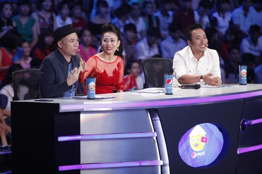 Bộ ba giám khảo