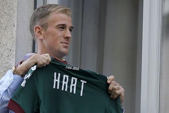 Fan Torino phát cuồng vì Joe Hart