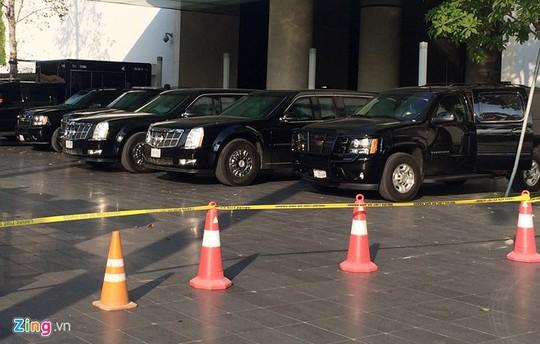 Cadillac One bảo vệ Tổng thống Obama có mặt tại Hà Nội