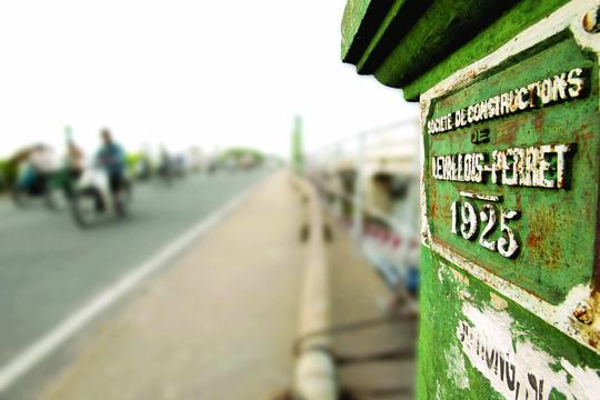 Cầu Nhị Thiên Đường được xây dựng từ năm 1925 Ảnh: hoàng triều