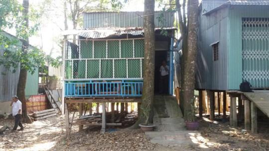 Ngôi nhà nơi xảy ra vụ việc - Ảnh: Bửu Đấu (Tuổi Trẻ)