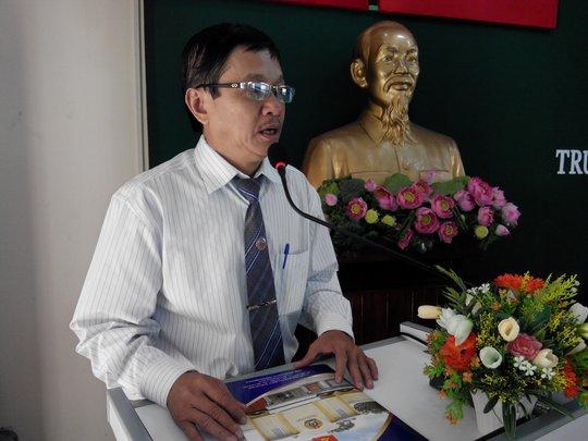 Ông Trần Văn Triều, Giám đốc Trung tâm Tư vấn pháp luật LĐLĐ TP HCM được chỉ định làm bí thư chi bộ