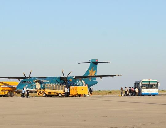 Chiều 21-1, UBND tỉnh Khánh Hòa phối hợp với các đơn vị liên quan chính thức khai trương đường bay Cần Thơ – Nha Trang